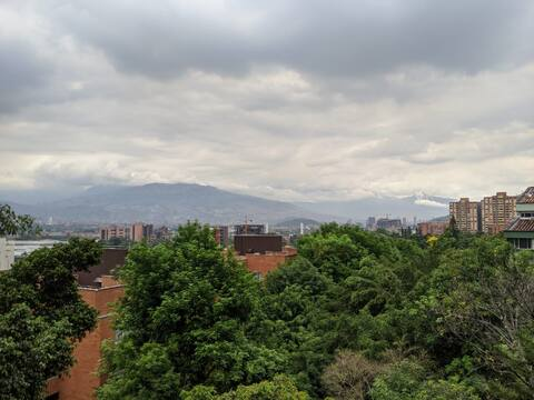 ¡Excelente habitación para 2 personas en Medellin!