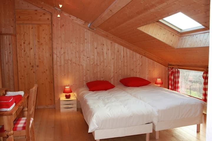 La chambre Framboises de Valreley