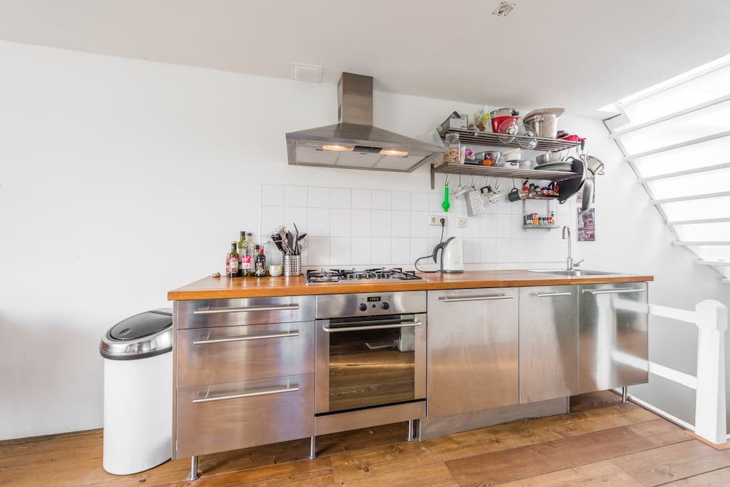 Kitchen included all the amenities you need for your stay.
