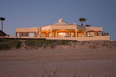 Private Beach House in Las Conchas - Puerto Peñasco