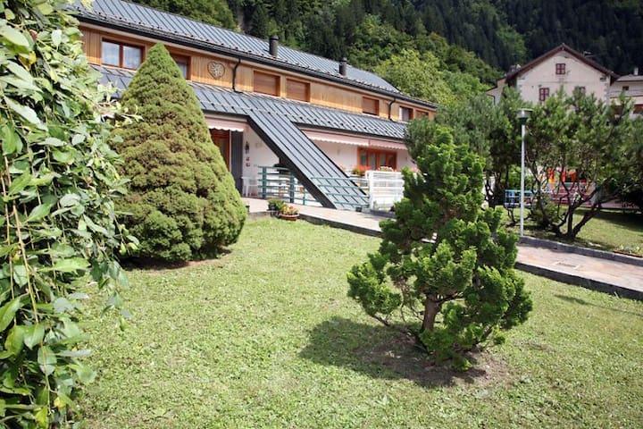 RELAX & COMFORT NEAR ZONCOLAN - Arta Terme - Bed & Breakfast