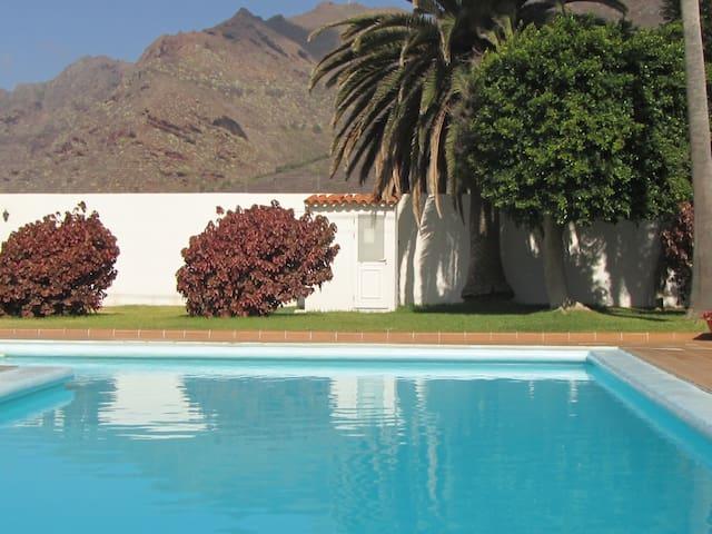 Ideal to Relax. Pool-View - San Cristóbal de La Laguna - Muu