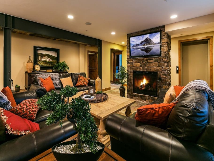 Gas Fireplace and Flat Screen TV in the Luxury Great Room