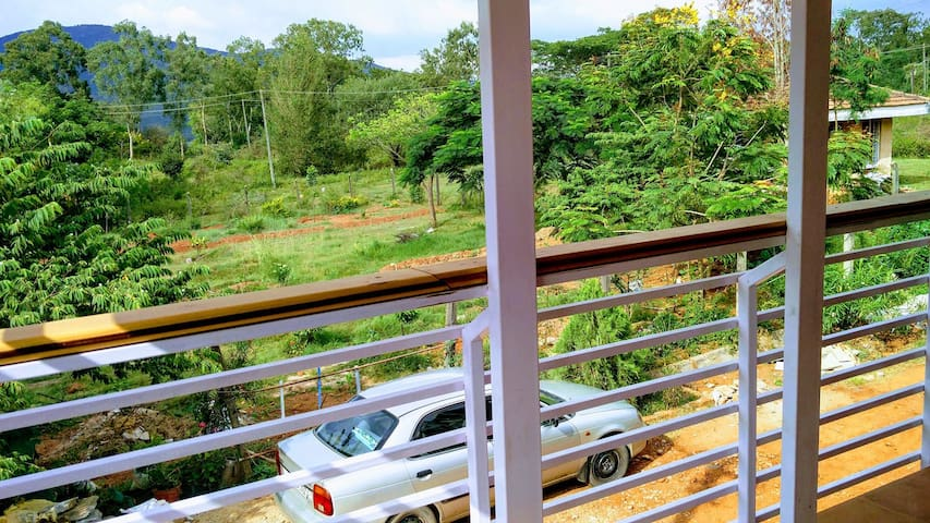 Nisarga Homestay - Easy access from Chikmagalur