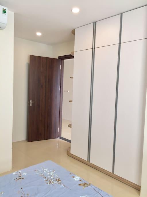 Closet in room 1