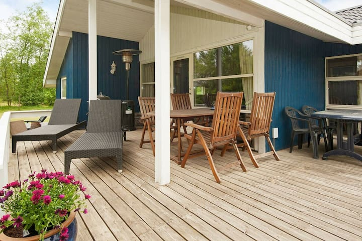 Lovely Holiday Home with Sauna in Fårvang