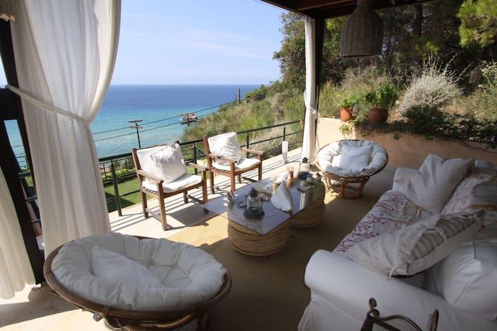 Unique Beach house in Glyfada-Corfu - Corfú - Departamento