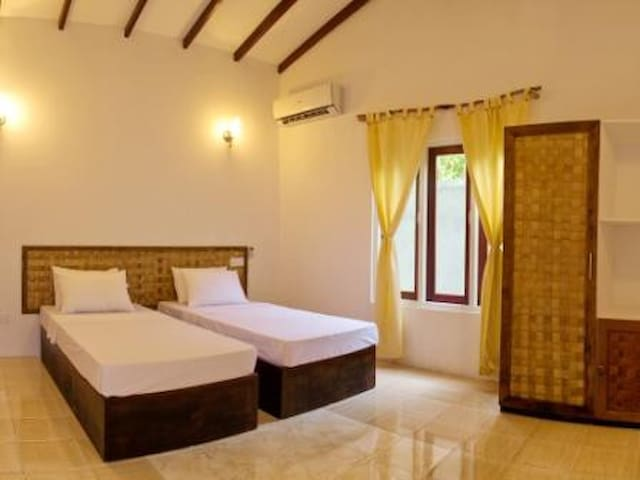 Thundi Guest house in Fulidhoo - Fulidhoo - House