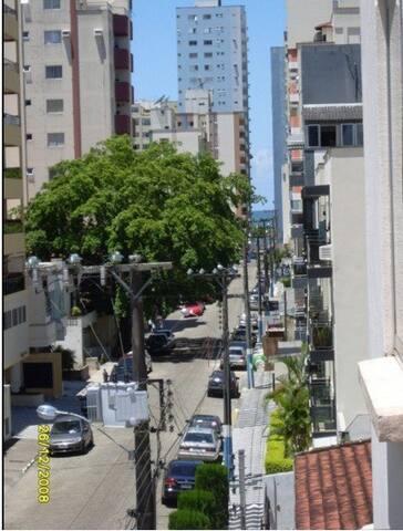Amplo e bem localizado apto 02 qtos - Balneário Camboriú - Apartment