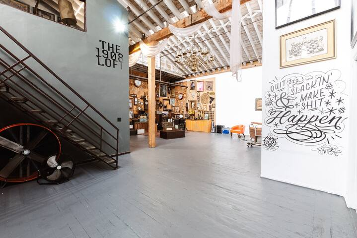 Artist Loft in DTLA Arts District