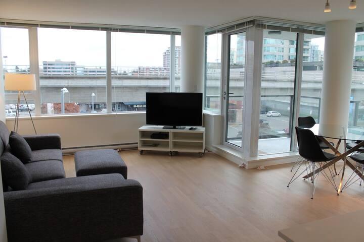 Lansdowne Station Apartments Reviews