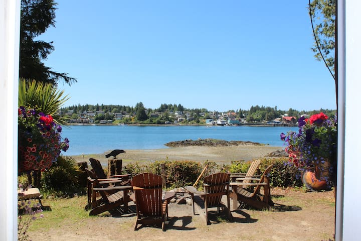 Ocean Front-Romantic Cove B&B w/HotTub July 10/20