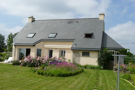 Maison en Bretagne Romantique - Lourmais