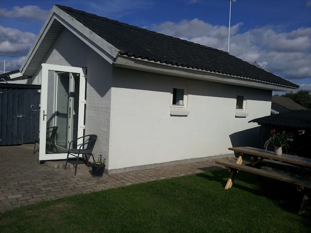 (URL HIDDEN) - Fanø - Cottage