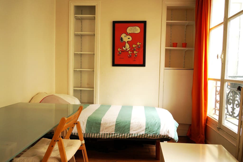 Chambre à côté de Montmartre