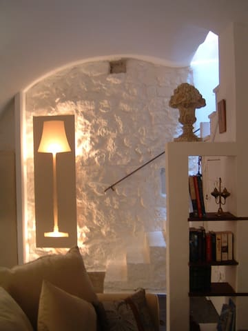 the suite at eze village sea view - houses for rent in eze