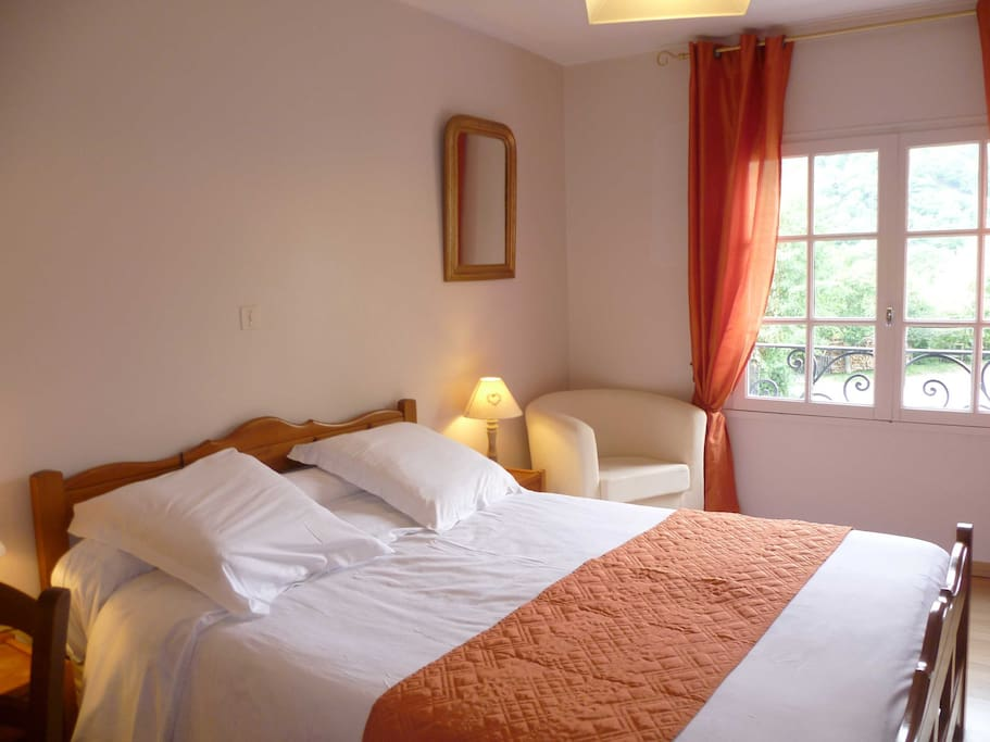 Chambres double montagne pyr n es chambres d 39 h tes for Chambre d hotes pyrenees