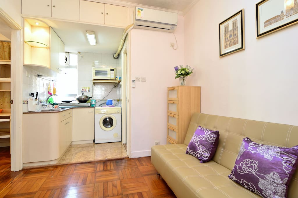 Cozy One Bedroom Apartment In Cwb Apartments For Rent In Hong Kong Hong Kong Island Hong Kong