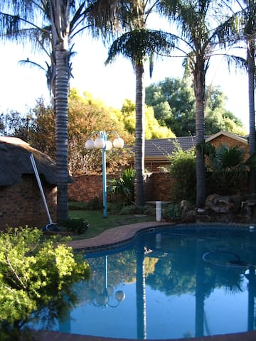Paradise Haven - Boksburg - Hus