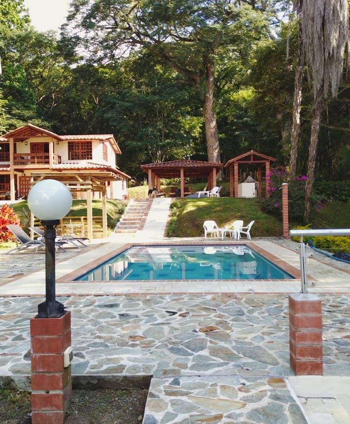 Casa Finca Acogedora rodeada de Bosque Naturaleza