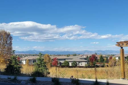 Beautiful studio apartment with mountain view - Lone Tree - Daire