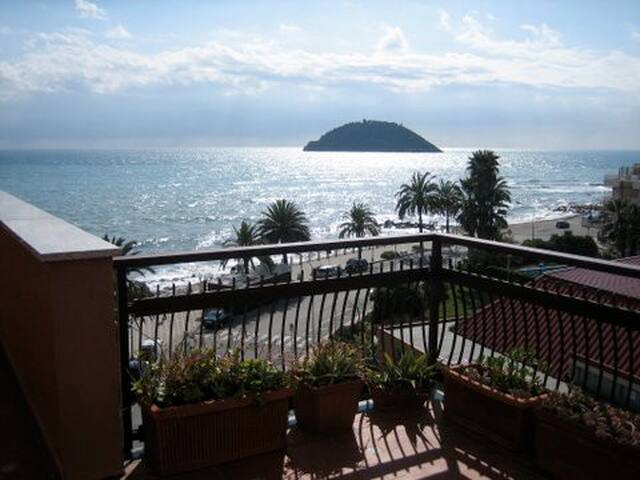 Penthouse Italian Riviera Albenga  - Albenga
