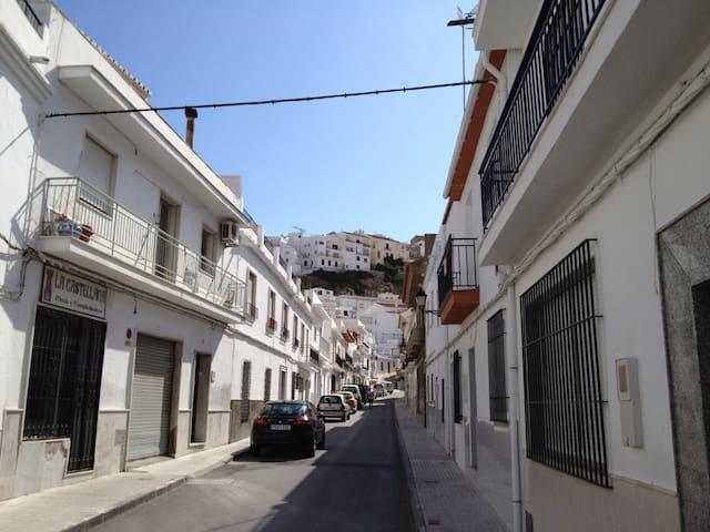 CASA TIPICA ANDALUSA - Salobreña - Wohnung