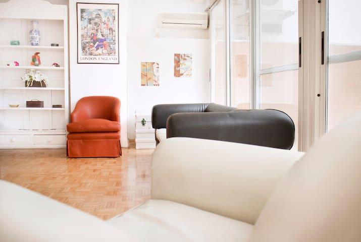 Airbnb Ctb Vacation Rentals Places To Stay Buenos