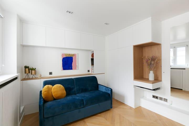 Upper-class luxury studio rue Saint-Honoré