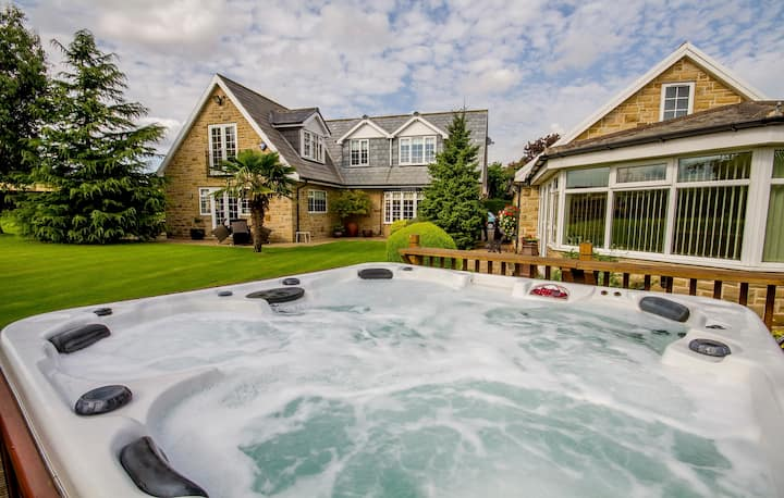 Rural Retreat Hot Tub Countryside Near Leeds York