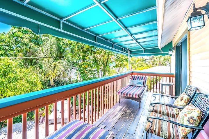 Large Balcony - facing canal off living area