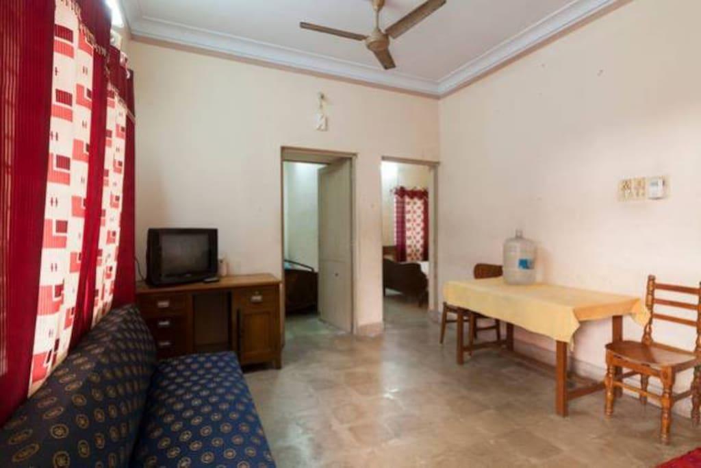 hall with tv sofa table