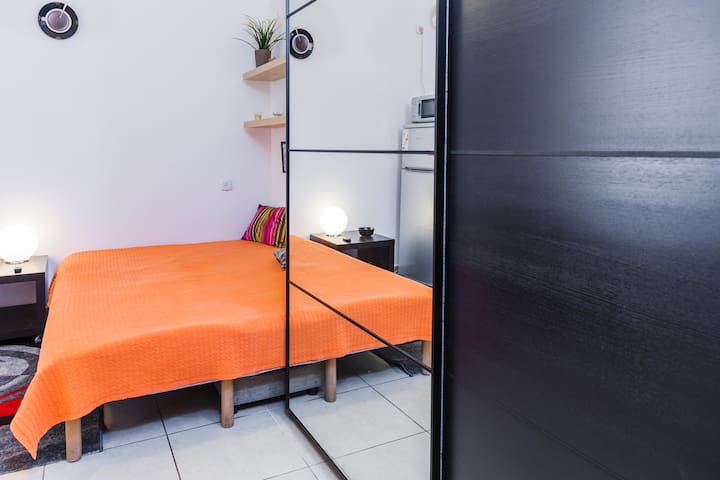 Cozy studio in the Bat Yam center - Bat Yam - Apartment