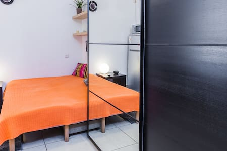 Cozy studio in the Bat Yam center - Bat Yam - Apartamento