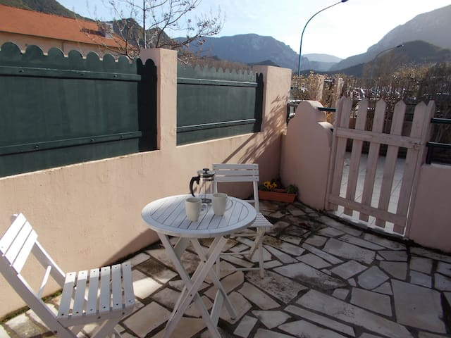 Charming bedsit near Quillan centre - Quillan - Apartment