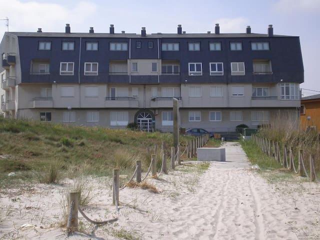 A 10 metros de la Playa - Barreiros - Apartment