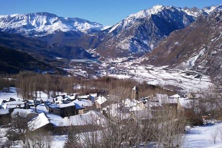 Apto con Encanto en Pirineos Cerler - Cerler