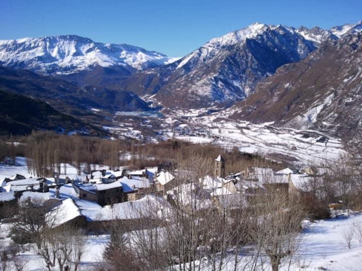 CERLER, Apto. con encanto en Pirineos de Huesca