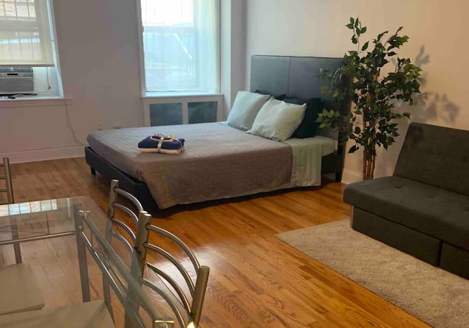 ✰ Spacious apartment a few steps from Central Park