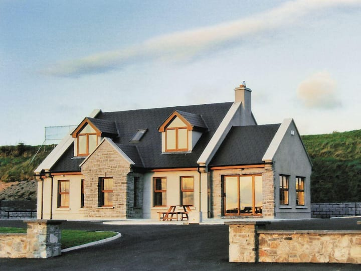 2 Atlantic View, Co Clare (W31315)
