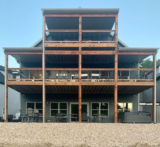 NEW! White Tail Summit 10BR/10BA