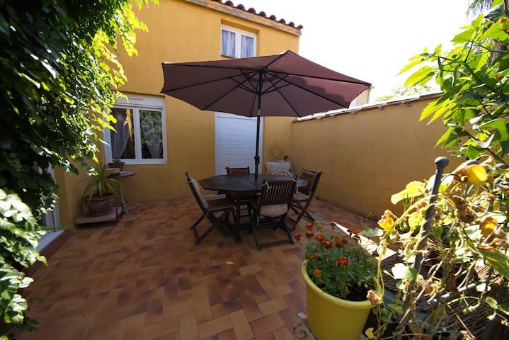 Loue maison tout confort - Canet-en-Roussillon - Vila