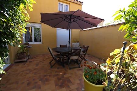 Loue maison tout confort - Canet-en-Roussillon - วิลล่า