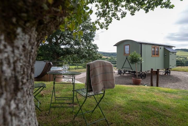 Padarn's Hut