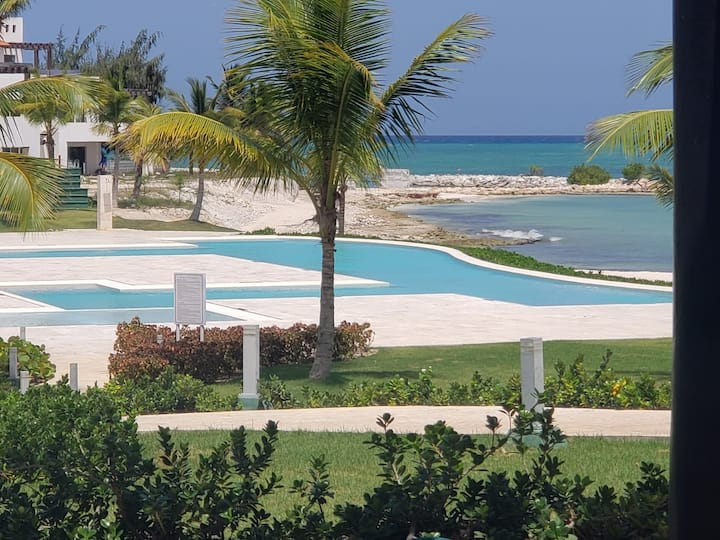 F11B Chic Beachfront Studio Punta Palmera Cap Cana