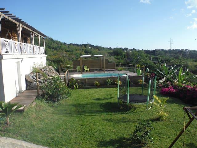 Villa + bungalow avec piscine vue sur mer - Vieux Habitants