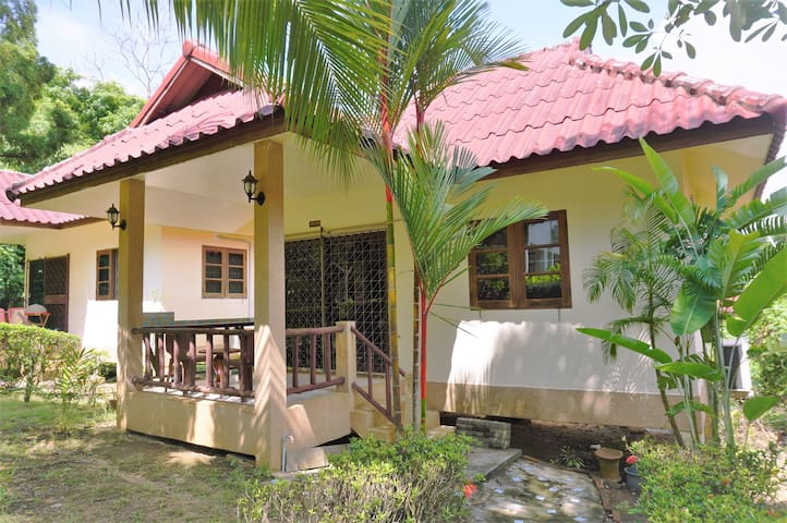 Nice Bungalow Cozy & Relax In Nature @Aonang Krabi