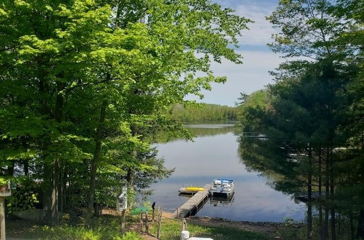 Lakefront Getaway Up North