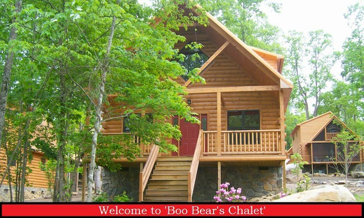 Stair Free Entry! Welcome to Boo Bear's Chalet