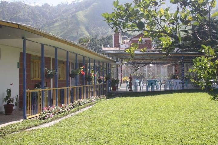 Finca La Rivera - Llanitos, Villamaría